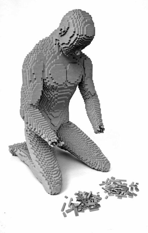 Incredible-LEGO-Art-by-Nathan-Sawaya-nohands