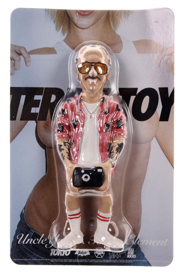 uncleyork-tokyo-element-terry-richardson-toy-figure-4